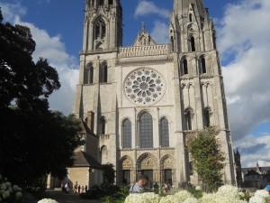 Notre Dame e la Via della Virgo