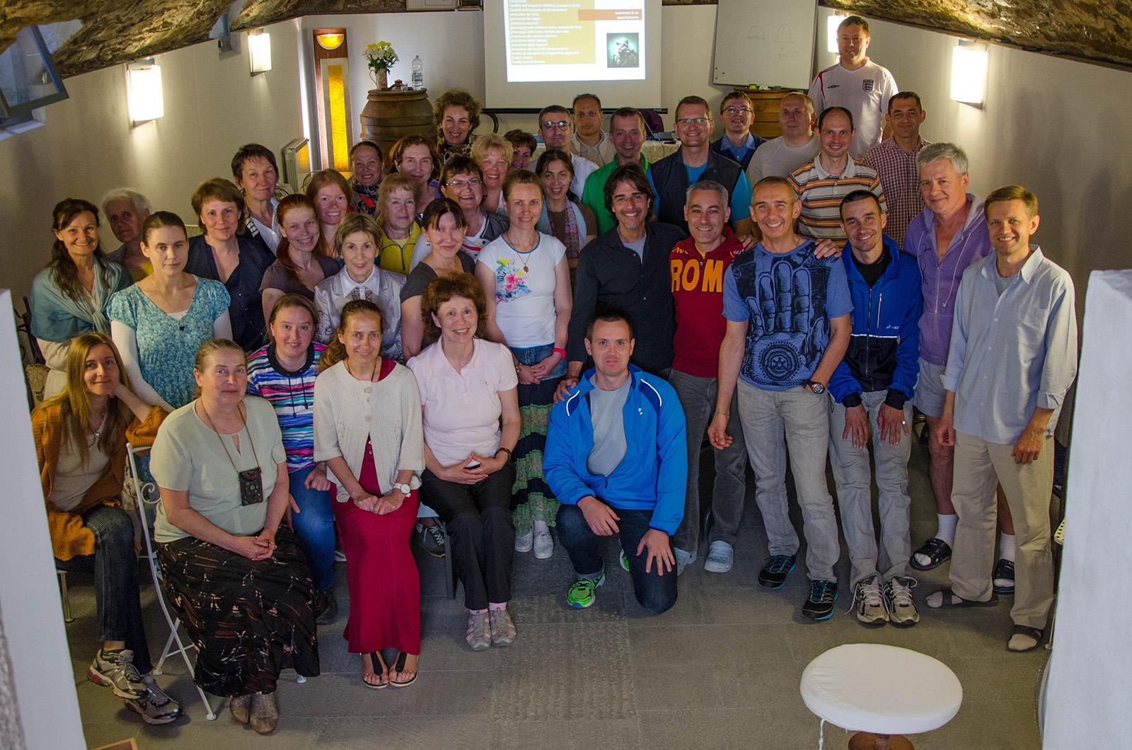 Foto di gruppo: al centro, Andrea Amato